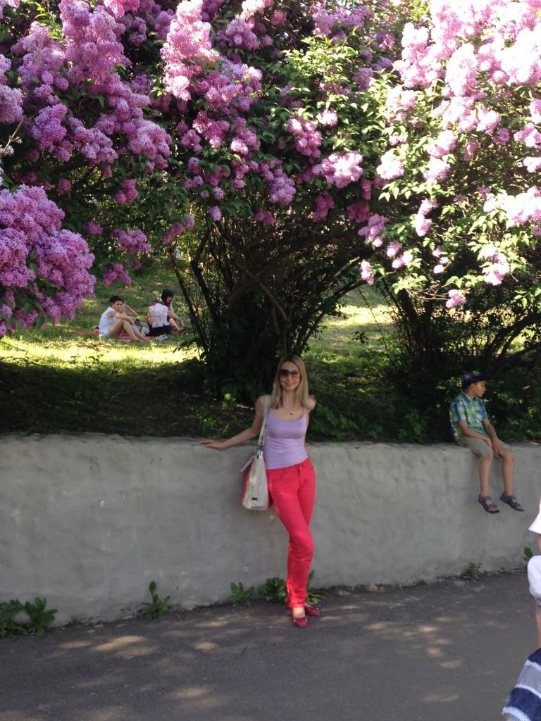 Марина Сабурова. Киев. Май-2013. Ботанический Сад.